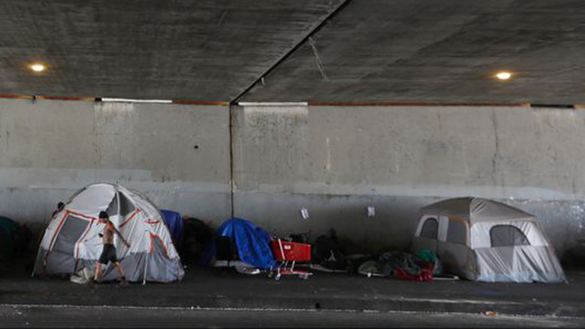 Meth Addiction Epidemic Complicating Homeless Relief Effort in L.A. County